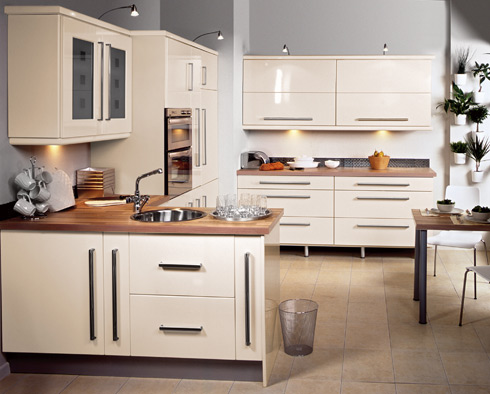 2011 Kitchen with Natural Designs Setting