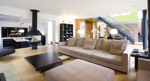 Europa Living Room with Modern Interior Art
