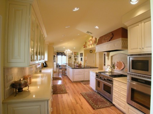 Excellent Kitchen Lighting Inspiring for 2012 Home
