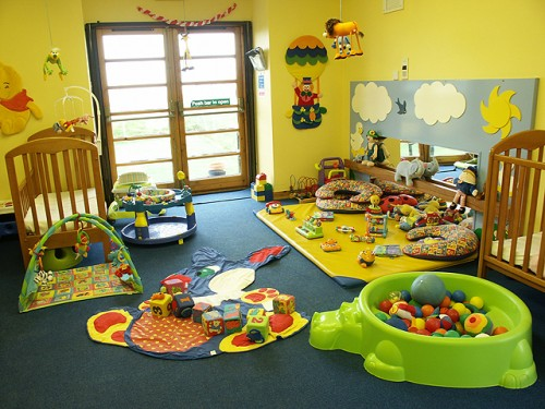 Full Color BAby Decorating Interior Designs