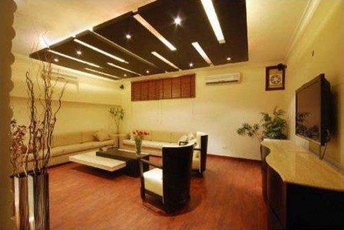 Classic Wooden Ceiling Home Design