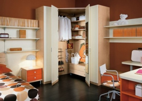 Minimalist Cupboard Bedroom Designs with Colorful Artistic