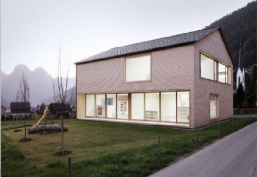 Natural Minimalist House Design with Green Concept